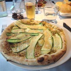 Pizza = Italia!!!!!  #finally #3monthsofabstinence #rehab #backhome #casa #pizza #nonabbandonarmimaipiù #neverendinglove #foodporn #glutenslave by @ellydelmy - more recipes at www.tomcooks.com