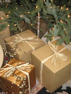 Gift-Wrapping Ideas for a Country Holiday Theme : Decorating : Home & Garden Television. Raffia Ribbon