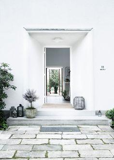 Post: El antiguo consulado de Mónaco en Dinamarca convertido en hogar --> blog decoración nórdica, casas con historia, casas nórdicas, decoración contemporánea, decoración elegante señorial, decoración mad men, decoración nórdica escandinava, diseño danés, Grace Kelly, consulado de Mónaco en Dinamarca