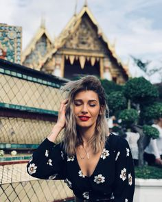Wild And Free, Hair Ideas, Ali, Bell Sleeve Top, Designers, My Favorite Things, Stars, Girls, How To Make