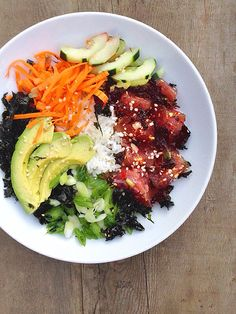 Dinner tonight: Ahi Limu Poke Bowl with Sweet Roasted Seaweed, avocado, cucumber, green onions and carrot noodles.  #flexitarian #pescatarian #mealforameal #dinner #asian #glutenfree #eatclean #eatrealfood #seafood #sushi #instagood #food #love #happy #tuna