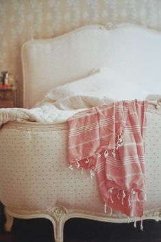 "polka-dot bed taken from the book ""easy elegance"" by atlanta bartlett. photo by polly wreford"