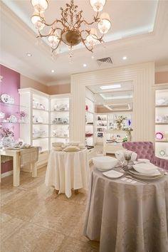 Интерьер бутика посуды Maison de Vazaro. Abitant Москва