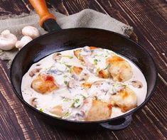 Egy finom Tejszínes csirke tárkonnyal ebédre vagy vacsorára? Tejszínes csirke tárkonnyal Receptek a Mindmegette.hu Recept gyűjteményében!