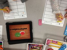 Literacy activity using fun Flashcard iPad app... includes free printable