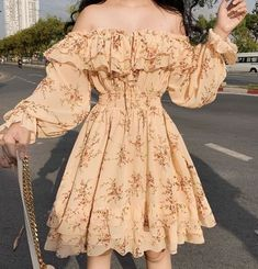 Cute Casual Outfits, Pretty Outfits, Pretty Dresses, Beautiful Dresses, Girly Outfits, Teen Fashion Outfits, Cute Fashion, Fashion Dresses, 70s Fashion