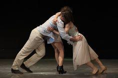 """""""Κυριακή"""" - Μια χορευτική performance για την ελληνική πραγματικότητα - http://ipop.gr/themata/vgainw/kiriaki-mia-choreftiki-performance-gia-tin-elliniki-pragmatikotita/"""