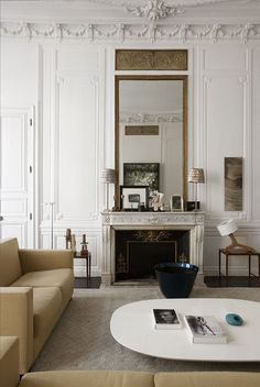 Parisian 1900s appartment with high ceilings, fireplace and mouldings / The Gifts Of Life