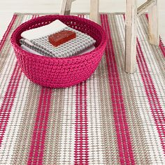 Lankava, ohje: Rantu matto Weaving Patterns, Recycled Fabric, Woven Rug, Rug Making, Rugs On Carpet, Hand Weaving, Diy Rugs, Projects To Try, Textiles