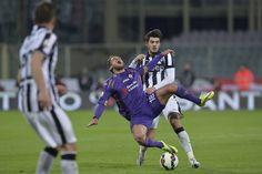 http://www.corriere.it/foto-gallery/sport/calcio/coppe/2014-2015/coppaitalia/15_aprile_07/juventus-morata-espulso-applaude-tifosi-fiorentina-1d57b72a-dd68-11e4-9a2e-ffdad3b6d8a1.shtml