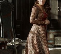 Gevherhan's black, red, and gold dress, 2x09 - Magnificent Wardrobe