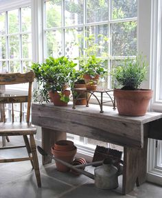 barnboard bench -- wonder if I can do anything like this with the one board I have from my great-grandparents' barn in Nova Scotia...