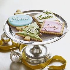 Give your sugar cookies an extra kick with a dash of lemon extract!