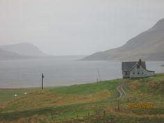 Islande, route 590, retour vers GILSFJORDUR, pluie et vent vers 12 h.