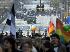 """Organizata për të drejtat e njeriut """"Amnesty International"""" i bëri thirrje kryeministrit serb dhe qeverisë në Beograd që të mbështesin """"Pride Parade"""" që do të zhvillohet në kryeqytetin serb më 28 shtator."""