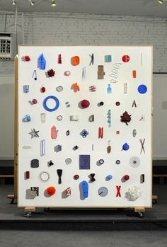 Things Organized Neatly — Ideal X, object arrangement installation (based on. Exhibition Display, Exhibition Space, Exposition Photo, Instalation Art, Display Design, Art Direction, Signage, Graffiti, Contemporary Art