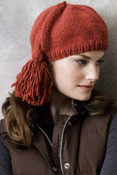 OLYMPIC TASSEL HAT PDF    http://www.knitting-warehouse.com/free_knitting_patterns/NY_Yarns/53_58_NYYFreePatOLYtasselhat.pdf