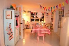 Country dining/kitchen turned colourful party room