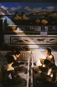 thevoraciousbreather: yakuza at an onsen Japan Apartment, Vintage Interior Design, Irezumi, Old School, Canvas Art, Japanese, Architecture, Drawings, Water