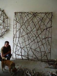 Garden Decor: Twig Screen via Salvage Savvy #garden #decor
