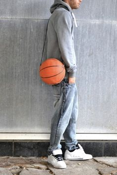Create A Sporty Bag From A Torn Basketball