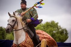 Joram van Essen tilts at rings during the Times & Epochs joust in Russia 2013 (photo by Andrew Boykov)