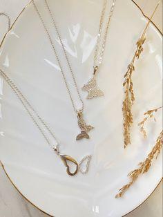 #butterflyjewelry #sterlingsilverjewelry #sterlingsilvernecklace #sterling #jewelrytrends #jewelryforwomen #jewelryaddict #jewelryforwomen #jewelrytrends