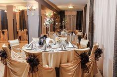 Restaurant Gura Humorului Restaurant, Catering, Table Settings, Table Decorations, Furniture, Home Decor, Homemade Home Decor, Catering Business, Diner Restaurant