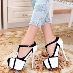 Fashion round Closed Toe Stiletto High Heel T Strap Pumps - The Secret to Wearing High Heels without Any Pain . Platform High Heels, High Heels Stilettos, Stiletto Heels, Women's Pumps, High Shoes, Black Heels, Zapatos Shoes, Shoes Heels, Dress Shoes