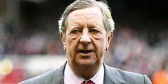 Peter Hill-Wood, Presiden Arsenal Akan Mengundurkan Diri?