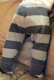 Tutorial: DIY baby leggings from repurposed knit fabric · Sewing | CraftGossip.com