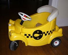 21 Cozy Coupe Hacks to Make Over Your Kid's Ride - Glue Sticks and Gumdrops Outdoor Toys For Kids, Diy For Kids, Outdoor Play, Outdoor Ideas, Backyard Ideas, Toddler Toys, Baby Toys, Little Tykes Car, Cozy Coupe Makeover