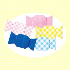 折り紙の色を変えれば、いろんな味のキャンディに! 簡単に作れるので、いっぱい作ってお菓子やさんごっこで遊ぼう♪