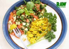 Raw Vegan Herb and Spice Omlette Ground Coriander, Ground Almonds, Raw Vegan Recipes, Chopped Salad, Dinner Dishes, Cobb Salad, Spices