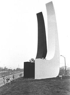 Mathias Goeritz y la Arquitectura Emocional en el Museo Reina Sofía.