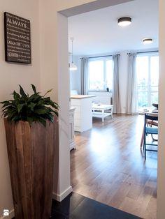 Mieszkanie Babiego Lata - Mała otwarta jadalnia w salonie, styl prowansalski - zdjęcie od Zolnik Pracownia