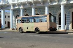 #cuba #cienfuegos #city #town #ville #bus