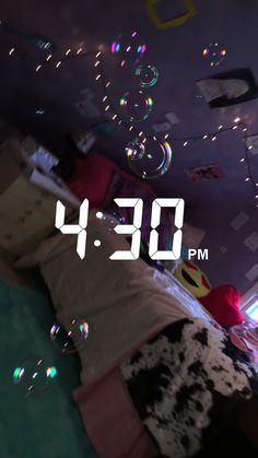 Pinterest: @xonorolemodelz Snapchat Streak, Snapchat Girls, Snapchat Picture, Snapchat Stories, Snapchat Time, Snapchat Ideas, Tumblr Kpop, Selfies, Cool Girl Pic