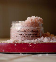 Items similar to Pink Grapefruit - Himalayan Salt Body Polish - 4 oz - All Natural Salt Scrub/ Salt Glow on Etsy Beauty Secrets, Diy Beauty, Beauty Makeup, Beauty Hacks, Beauty Tips, Good Beauty Routine, Body Polish, Pink Grapefruit, Natural Cosmetics