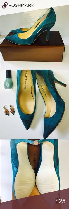 🌟 Host PickAudrey brook pumps Teal pumps. Material suede. Size 6 . Heel approx. 3 inches. inside of shoes peeled off when trying to pull the sticker out as shown in picture. Audrey Brooke Shoes Heels