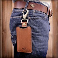 Leather iPhone Sleeve with Hook | Handmade iPhone Cases from  Heistercamp ещё одна идея как подвесить чехол