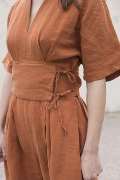 Black Crane V Jumper in Brick Minimal Dress, Fashion Details, Fashion Design, Mode Hijab, Mode Inspiration, Get Dressed, Aesthetic Clothes, Diy Clothes, Lounge Wear