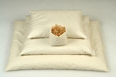 Tönkölyhéj párna Bed Pillows, Pillow Cases, Home, Pillows, Ad Home, Homes, Haus, Houses