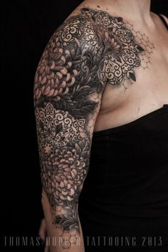 Beautiful Lace and flower tat