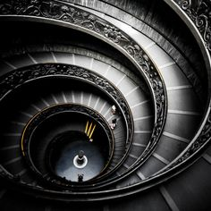 the-vatican-spiral-stairs architecture