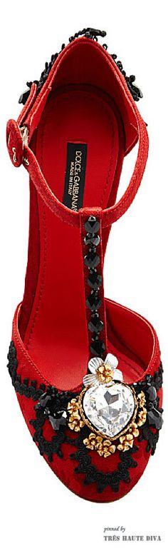 Dolce & Gabbana Red Jacquard T-Strap Pump ♔ SS 2015 ♔ Tres Haute Diva
