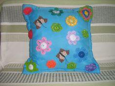 Almofada flores de crochê