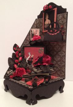 G45 Couture bookends with mini albums and bookmarks - Anne Rostad