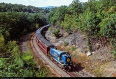 RailPictures.Net Photo: DH 4075 Delaware & Hudson Alco RS-3 at Nay Aug, Pennsylvania by Doug Lilly