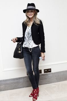 long pearls with a tee, blazer, hat and heels City Chic, Cropped Jeans, London Fashion, Feminine, Hat, Style Inspiration, Blazer, Skinny, Legs